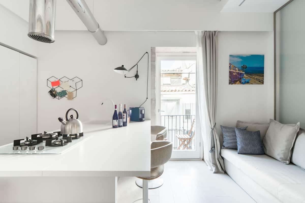 White Suite / Stay In Ortigia