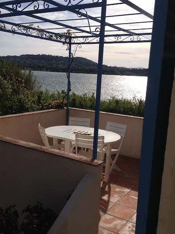 Appartement vue mer dans la baie des Canoubiers - Saint-Tropez - Appartement