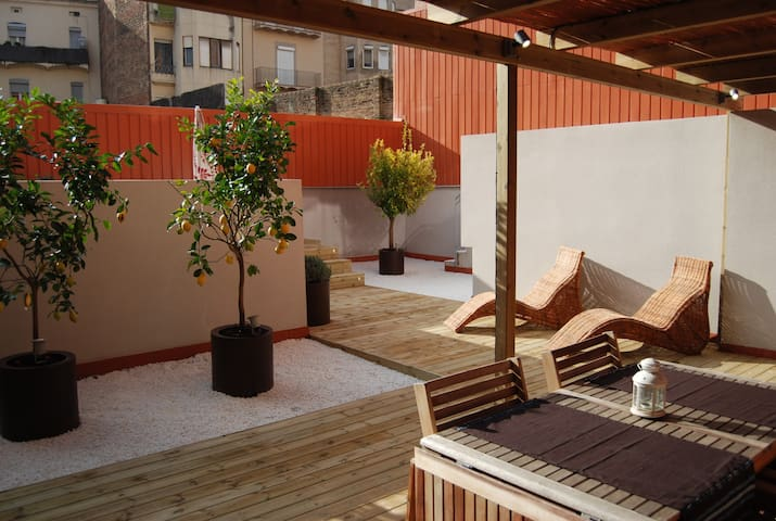 PB2 - great terrace and little pool - Barcelona - Pis
