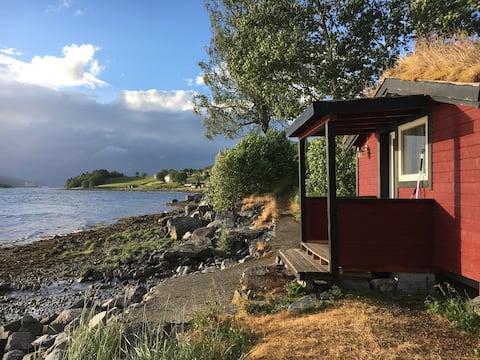 Cabin 5 by the fjord Tresfjord Vestnes