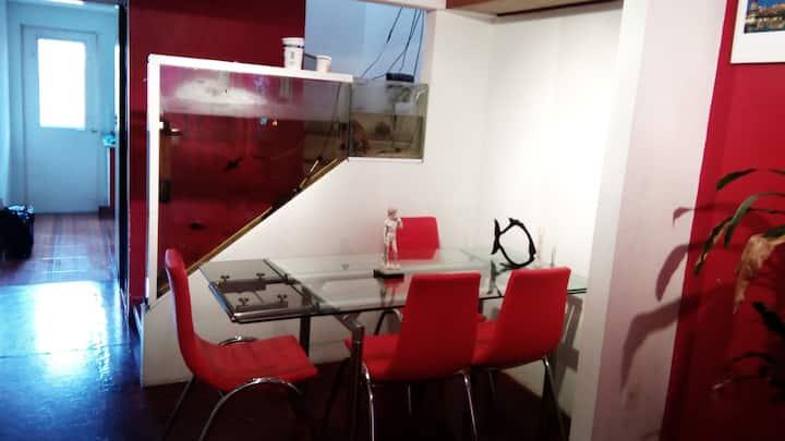 Casa moderna, cómoda y segura (equipada)