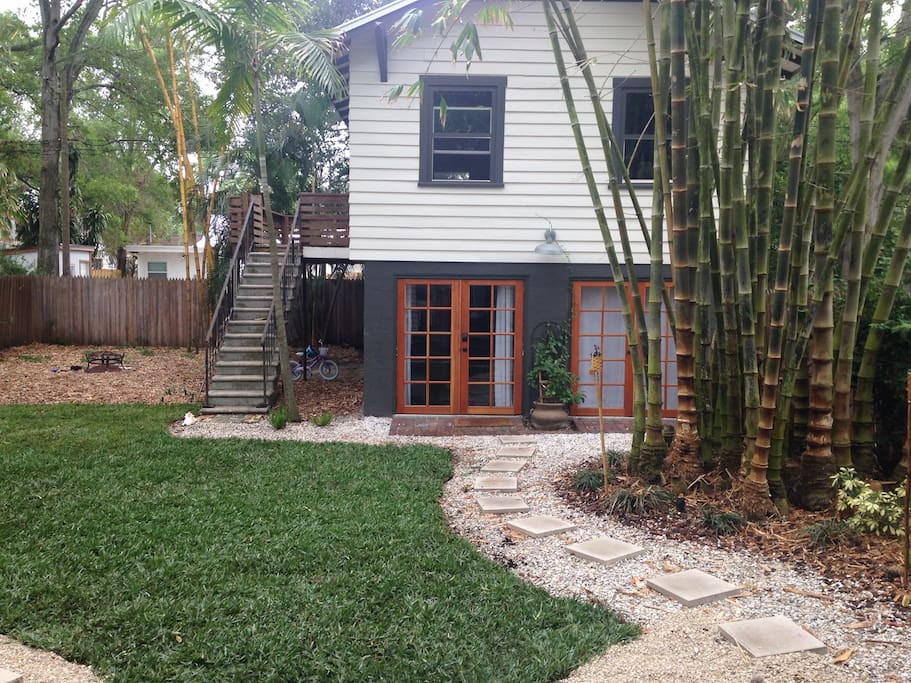 Private guest house--your home away from home!