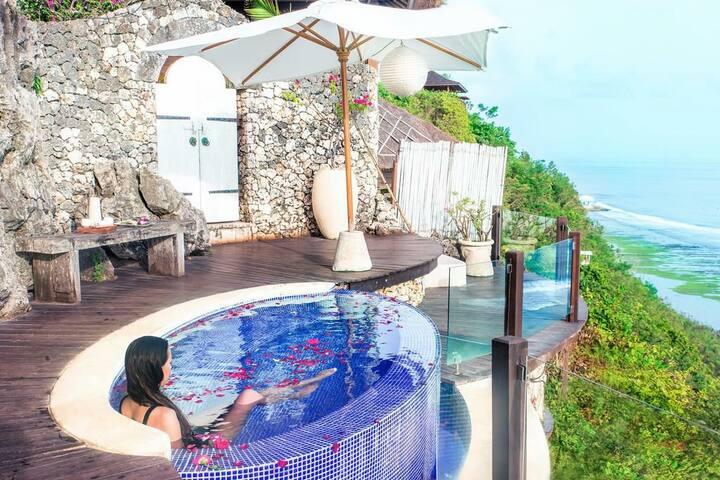 Magnificent Villa in Bali+Beach View+Breakfast+Gym