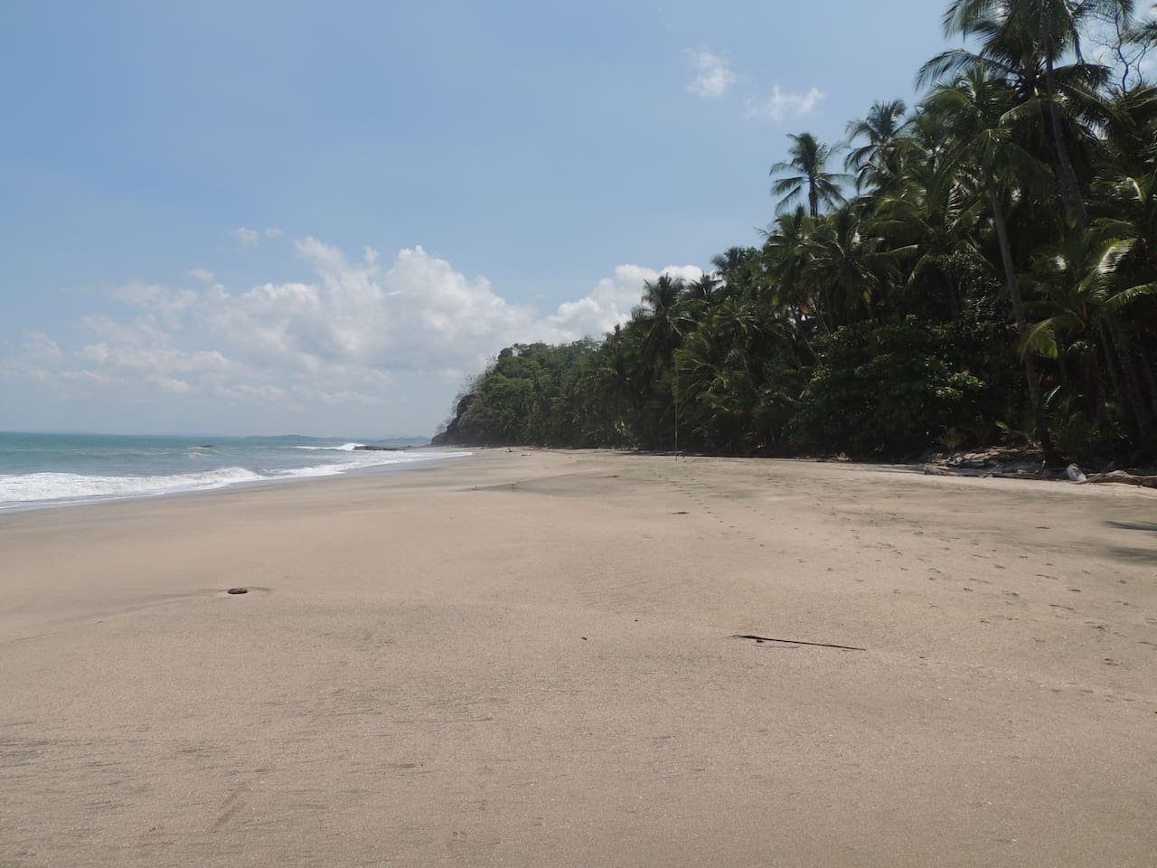 Very Private Beach with a large sand bar- excellent for swimming in the warm Pacific Ocean. Only 45 steps to the beach from the guesthouse.