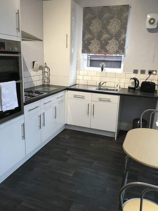 New fitted kitchen / diner