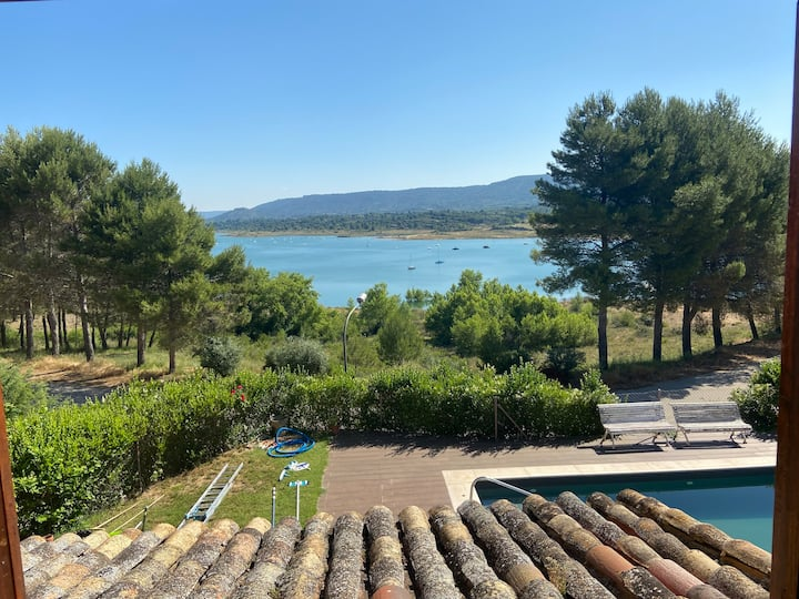 Luxury Villa with Pool, 1 hour driving from Madrid