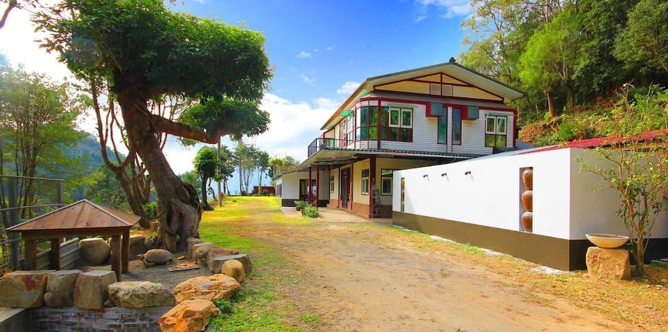 埔里大自然民宿,超級寬闊,適合來自城市的各位。
