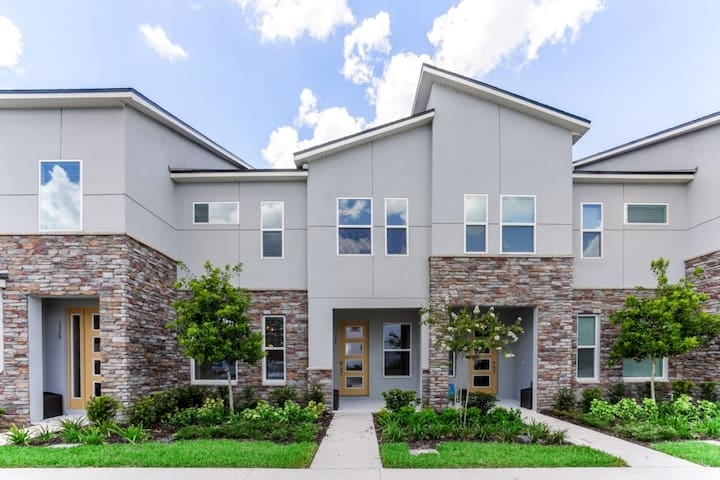 Orlando Newest  Resort Community Town Home 1527CPC