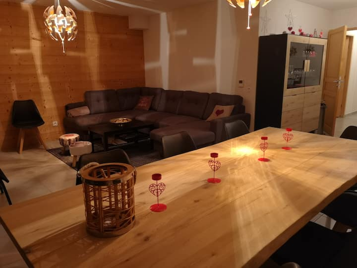 Superb new apartment in Les Gets for 10 people