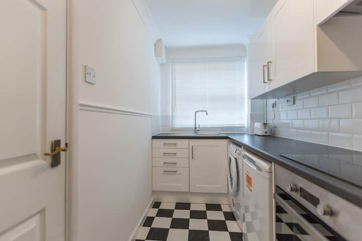 3 Bed Townhouse great for a group of workers