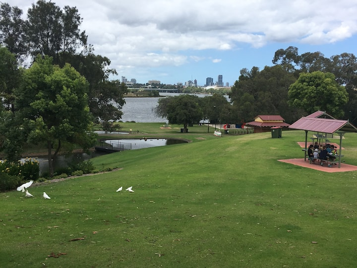 FREE wifi on the beautiful Swan River,