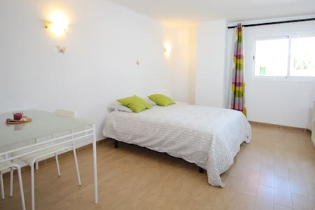 New Pretty Studio in El Arenal - El Arenal