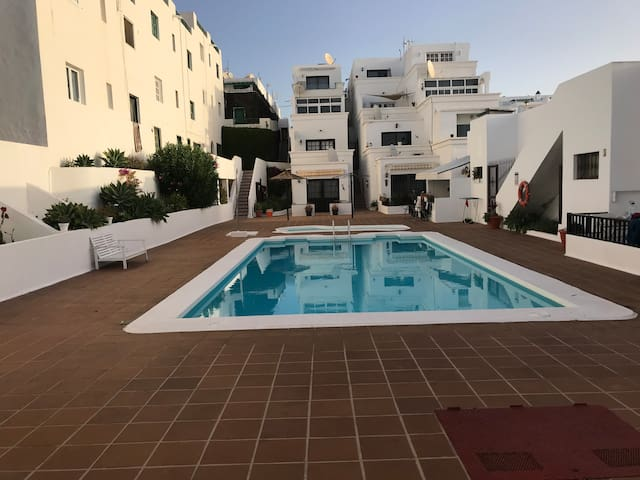 Pool side 1 bed apartment