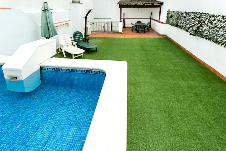 Duplex with pool & terrace exclusive for the flat.