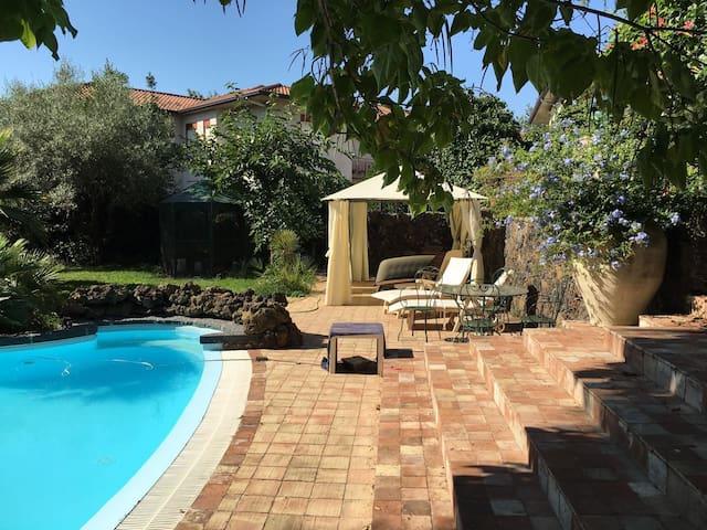 L'oasi di San Giovanni - San Giovanni La Punta - บ้าน