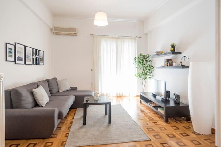 Spacious apartment near Acropolis!