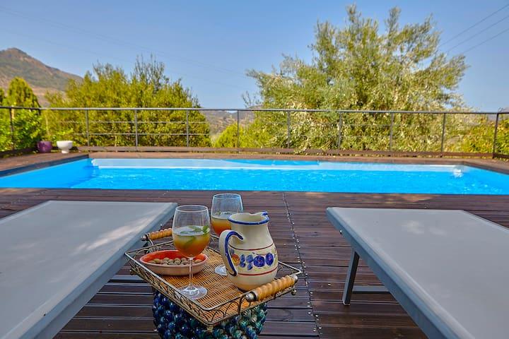Villa Massimo with pool in Castelbuono, Madonie