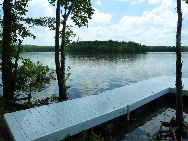 Lake Barkley-Kayaks*Dock*Family fun