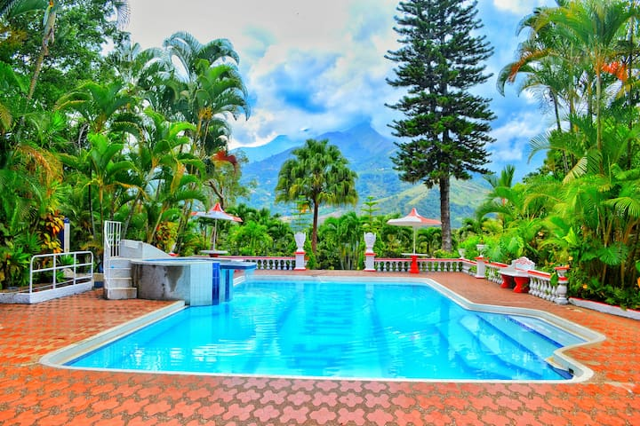 Peaceful Villa near Medellin - Copacabana
