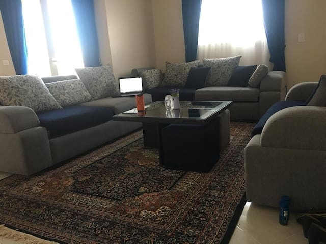 Serenity from city noise,cozy&stylish family house