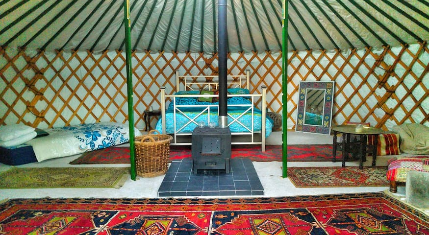 Burbank Yurt, The Orchard Getaway