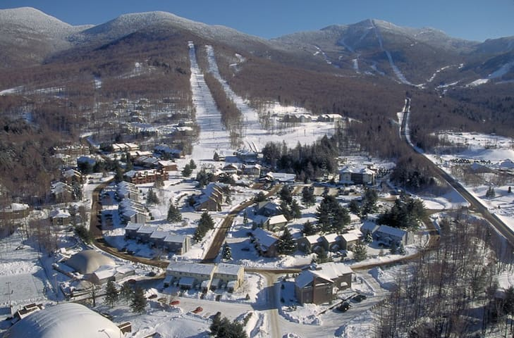 SCENIC MOUNTAIN GETAWAY! @ SMUGGLERS NOTCH