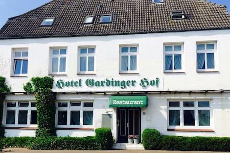 Gardinger Hof, St. Peter-Ording, Strand, Gruppen - Garding