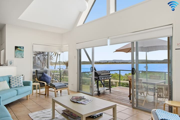 Tilbury Breeze - ocean views, comfort and style