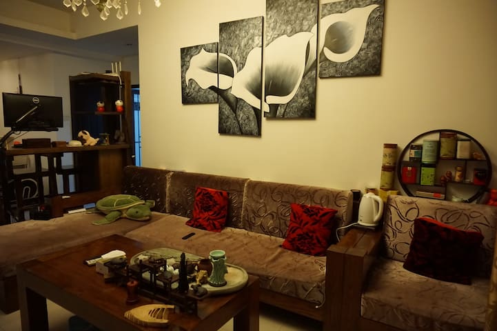 沙发及背景墙