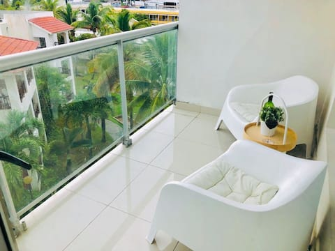 Hermoso Apartamento cerca de la playa, Restaurantes, Supermercados, Restaurantes, Aeropuertos, parqueo gratis