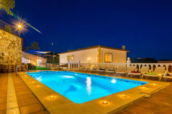 Dance - magnificent villa with chill out area - Lloret de Mar - Xalet