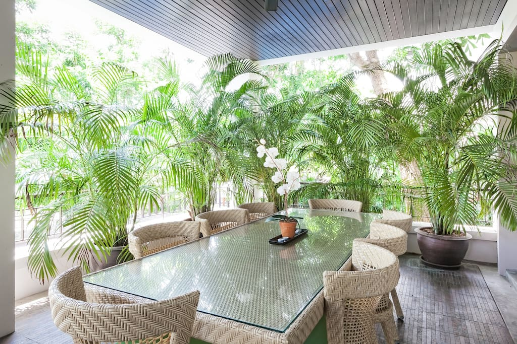 Covered Outdoor Dining Above Pool