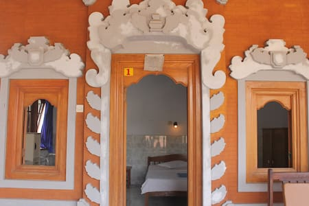 SERANGAN INN II,Superior Room with balcon and view - Manggis - Bed & Breakfast
