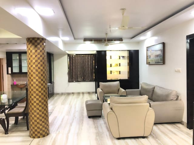 4 BHK Exclusive apartment in malad west