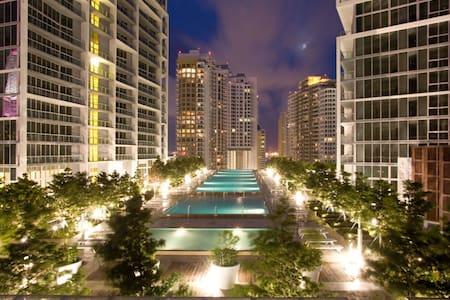 ESPECTACULAR APARTAMENTO - ICON - BRICKELL - Miami - Condominium