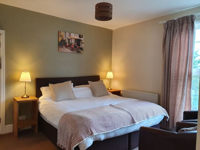 Superking Double Room With Riverside View