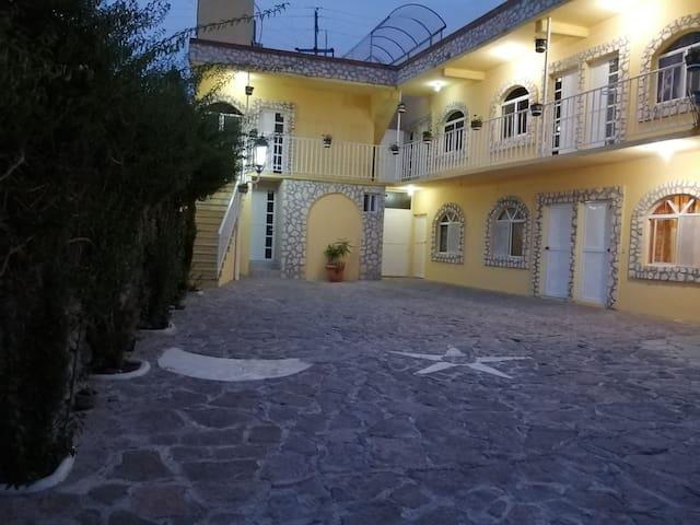 HOTEL BERNAL Habitación sencilla (2P)