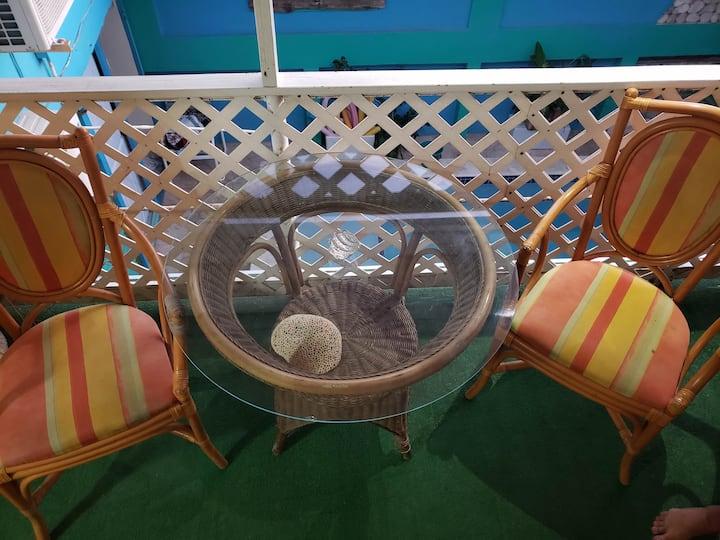 Small Studio In Oranjestad E