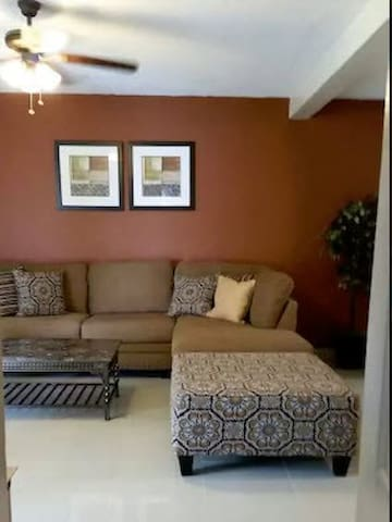 Family Friendly 2 Bedroom Condo - Tamuning