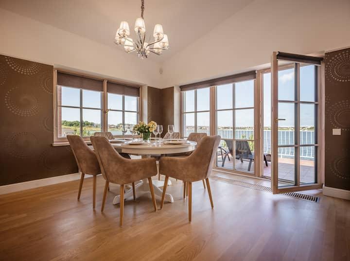 SMELYNAS Klaipeda house / Apartments with balcony
