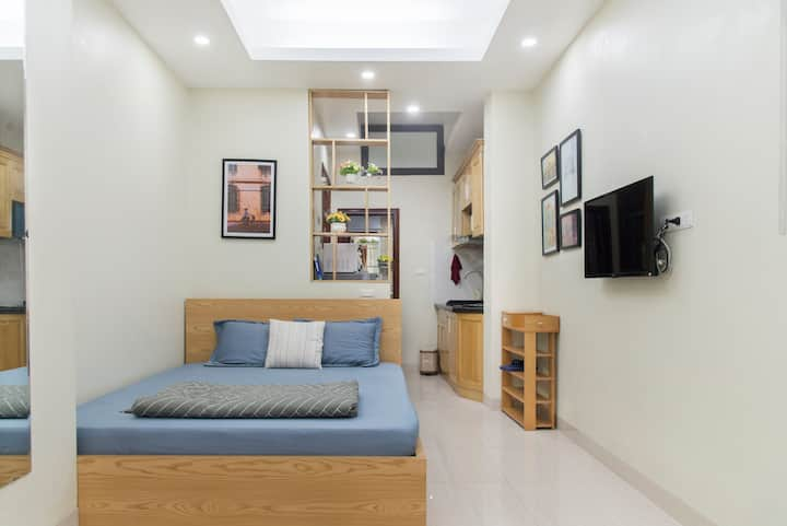 MAI HOME Cozy,new Studio Apt, central Hanoi #206
