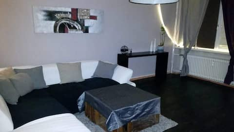 2 Zimmer Wohnung 50qm incl I-Net, Sky und Netflix