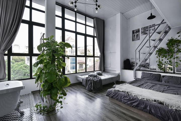 Loft w Bathtub &Great Eco-friendly view Oldquarter