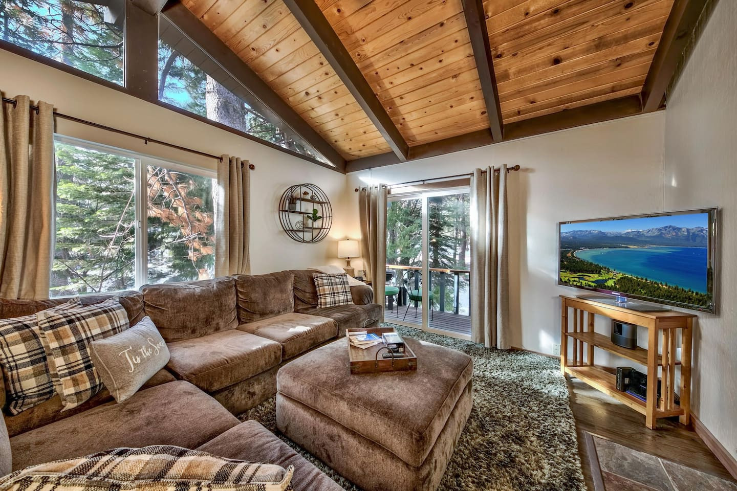 Cozy couch, gas fireplace, streaming tv to binge watch your favorite shows/movies, bose bluetooth speaker to stream your favorite music, and the sound of a mountain stream right outside the door.  Relax, recharge and reconnect!