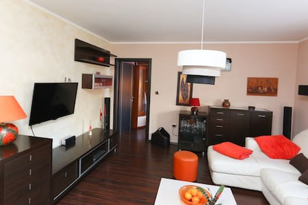 Beautiful & sunny apartment INGE - Rijeka