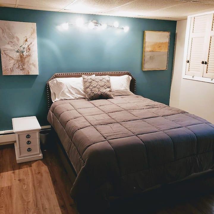 Minneapolis Charmer, Guest Suite A W/ Private Bath