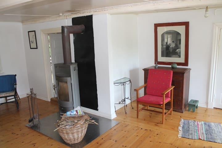 Unique cottage with access to Mossø - Skanderborg - Casa