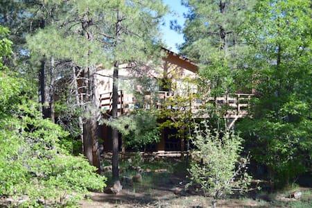 Munds Park Cozy Cabin