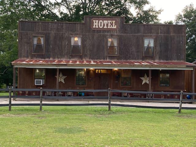 Fandango Hotel Room on Elegant Horse Estate