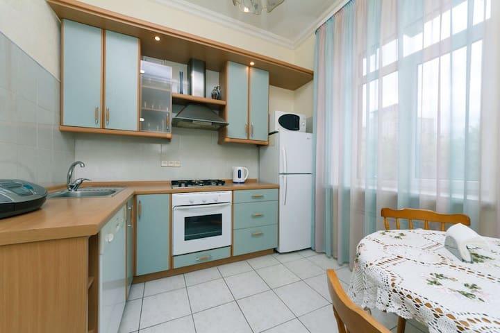 Видовая квартира на улице Крещатик - Киев - Íbúð